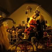 Nikolaus Kutsche beim Perchtenlauf