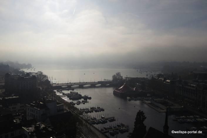 Zürich von oben Grossmünster