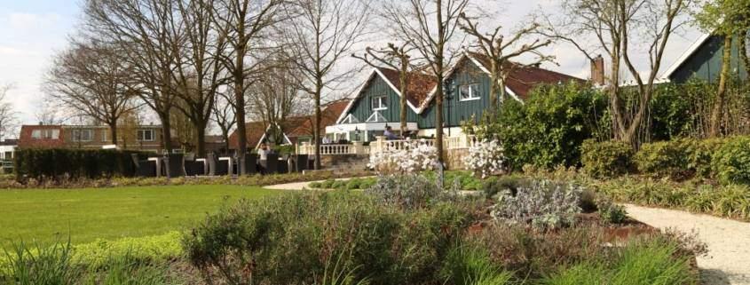 Parkhotel de Wiemsel_Park mit Kräutergarten