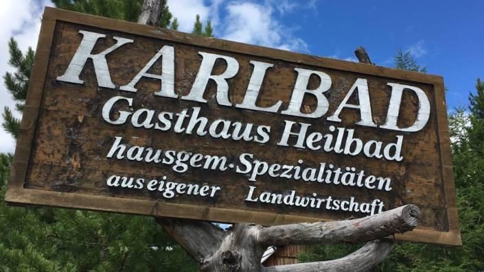 300 Jahre Wellness im Karlbad auf der Nockberge Hochalmstraße. Wellness ganz ursprünglich und historisch genißen. Ohne Strom, dafür natürlich, authentisch. Kärnten