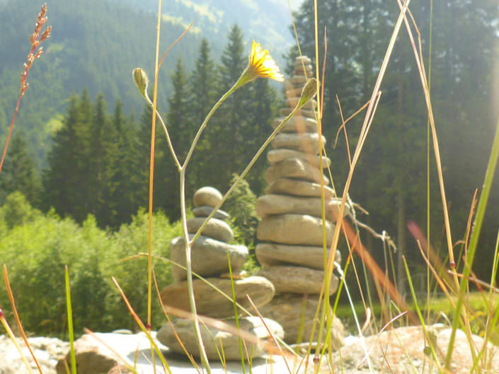 Steinmännchen im Stubaital. Eine Reise ins Digitale Detox