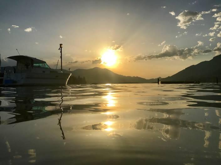 Wein am See: Einzigartig schöner Sonnenuntergang in Strobl am Wolfgangsee