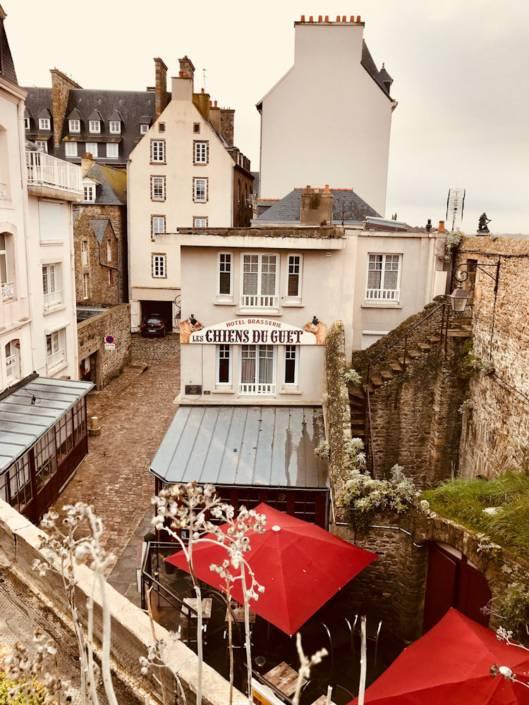 Neben Brest wurde auch Saint-Malo im 2. Weltkrieg heftig bombardiert, doch seine Altstadt wurde stilecht wieder aufgebaut @Astrid Steinbrecher-Raitmayr