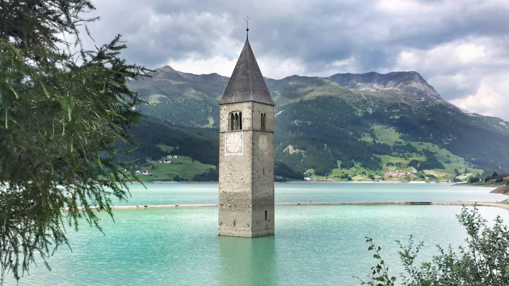 Ausflugsziele in Südtirol. Von Wandern über Wellness, Genuss bis Bergsee oder Auszeit und Entspannung. Südtirol bietet für jeden die passende Reise Idee. #Genussreisetipps für perfekte 48h in #Südtirol. Inkl. #Hoteltipp #Meran #Festival und #Wandern.